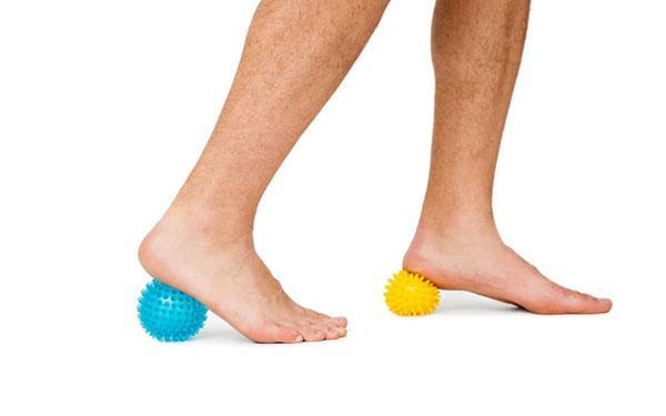 Ćwiczenia stóp: rozciąganie i wzmacnianie